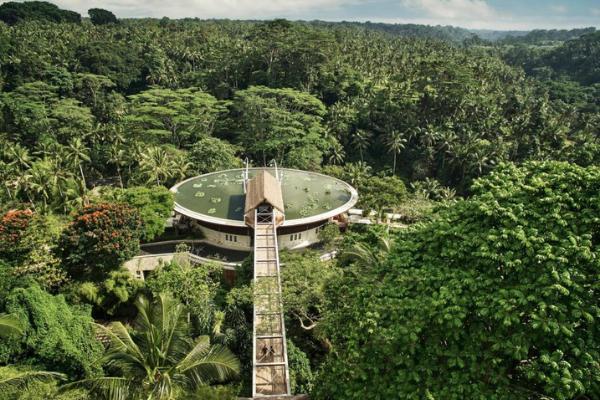 Hotel-Di-Tengah-Hutan